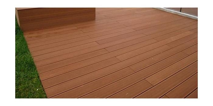 木塑地板厂家浅谈塑木地板是如何克服木质板材变形的问题