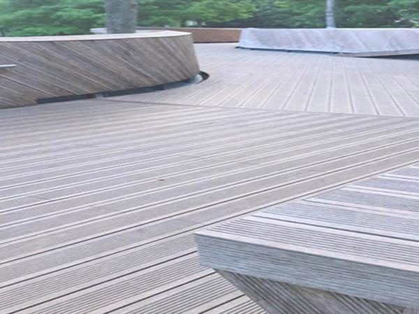 古黄河雄壮河湾公园塑木地板案例
